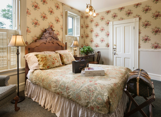 Welcome to Washington House Inn, your home base and start of your Cedarburg Art Tour!
