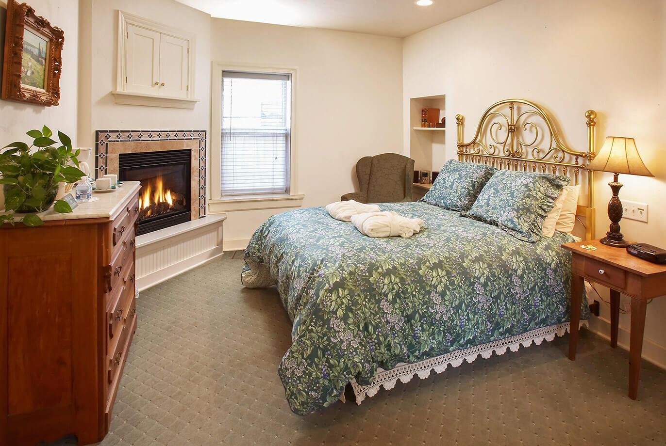 Schroeder Guest House Room 1 - Gertrude Schroeder