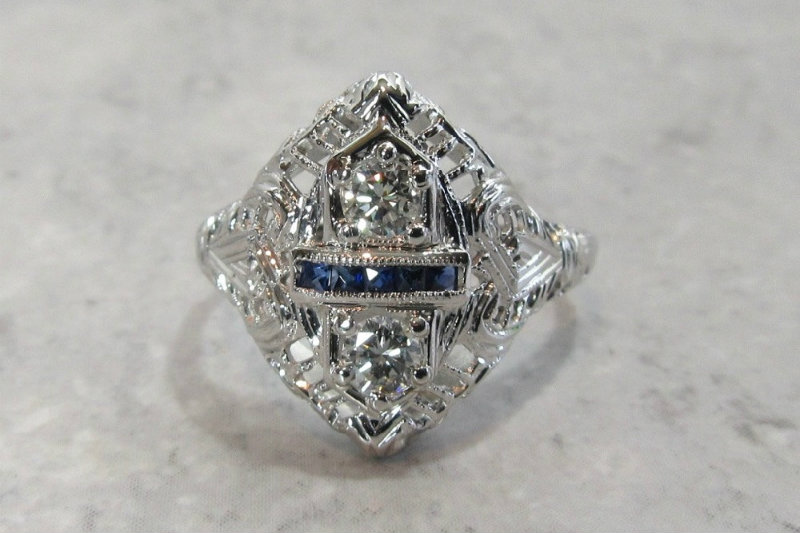 Unique engagement rings and Wisconsin jewelry at Dorothy Gallun