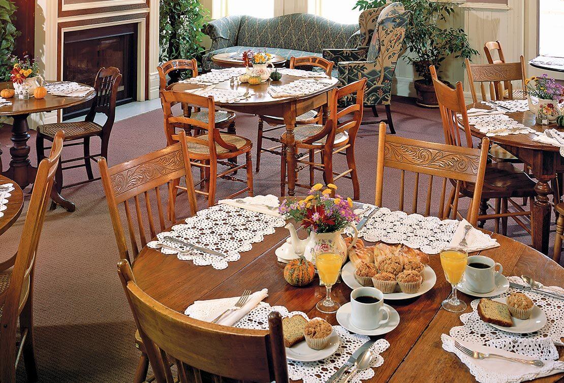 Dining room at the Washington House Inn