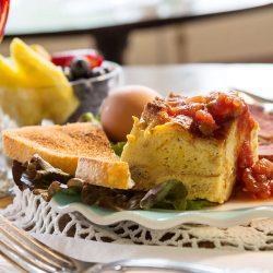 Breakfast at the Washington House Inn