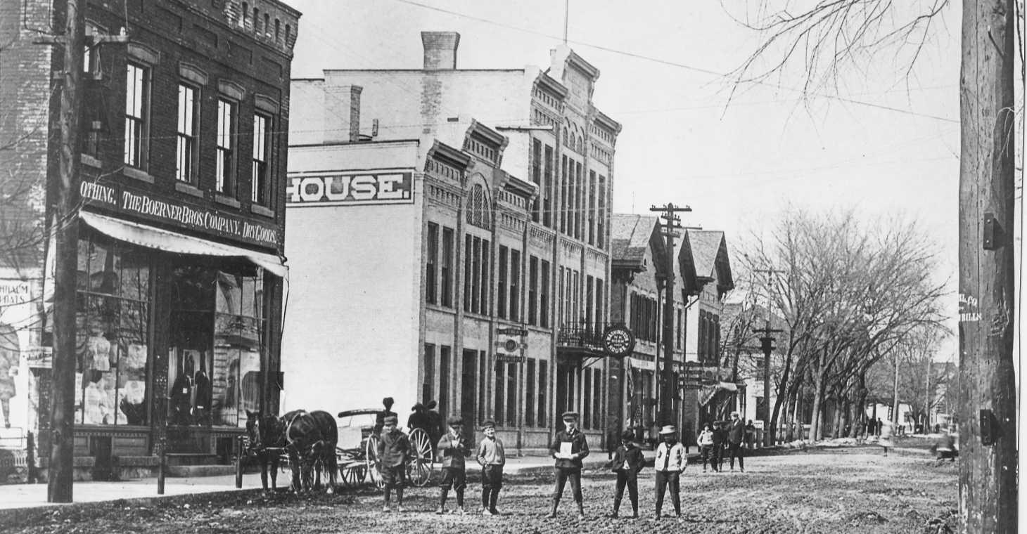 Old photo of Washington House Inn, a Cedarburg Inn