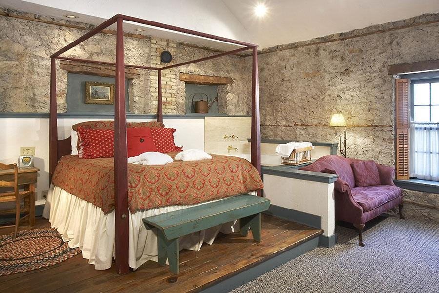 Cedarburg Bed and Breakfast Guest Room